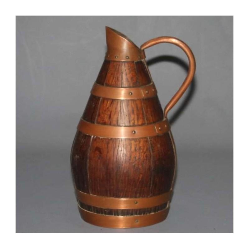 pichet-ancien-bois-et-cuivre