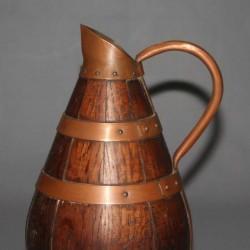 ancien-pichet-cidre-bois