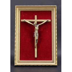 Christ  sur velour dans cadre en bois scultpé et Doré