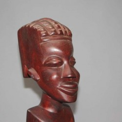 Sculpture-en-bois-femme-africaine