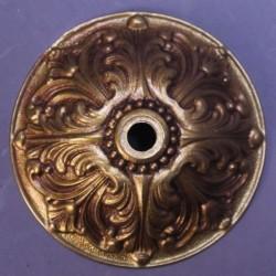 Ancienne-rosace-de-lustre-en-bronze-cache-bélière style Louis XV