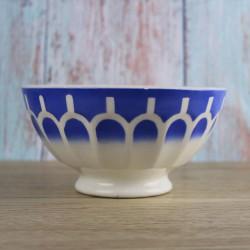 bol-ancien-Sarreguemines-a-facettes-bleues-sur-pied-douche-vintage