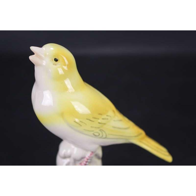 Karl Ens Oiseau  en Porcelaine Allemande