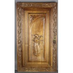 porte-bretonne-en-bois-sculpté