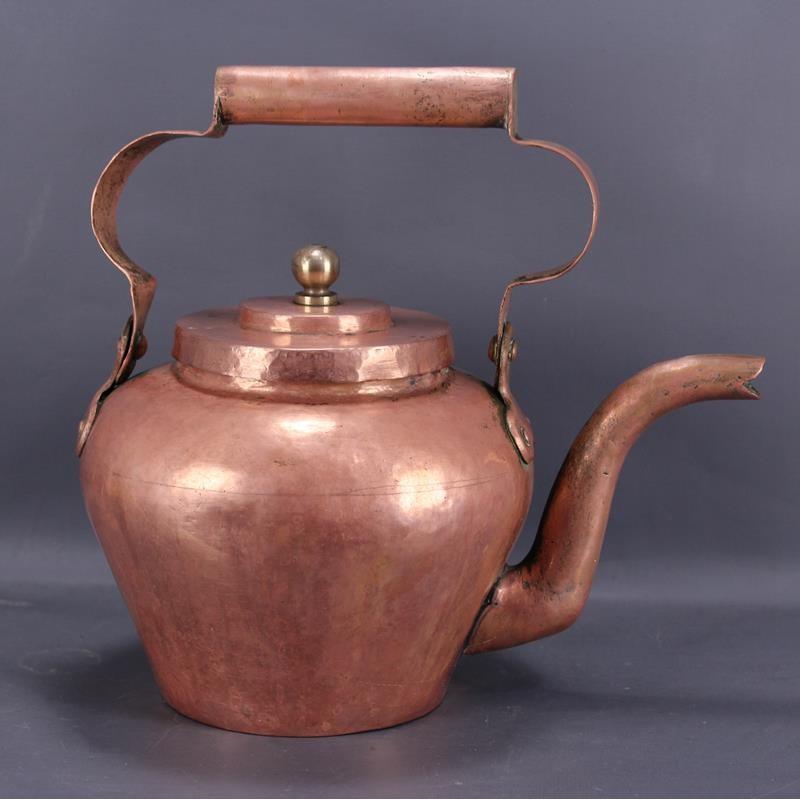 bouilloire-en-cuivre-ancienne
