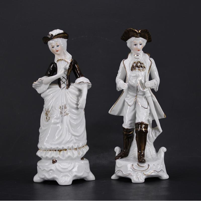 Couple Personnages en Porcelaine
