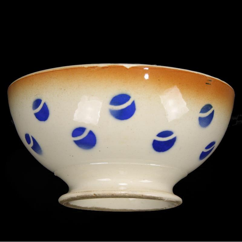 statuette-religieuse-en-porcelaine-ancienne