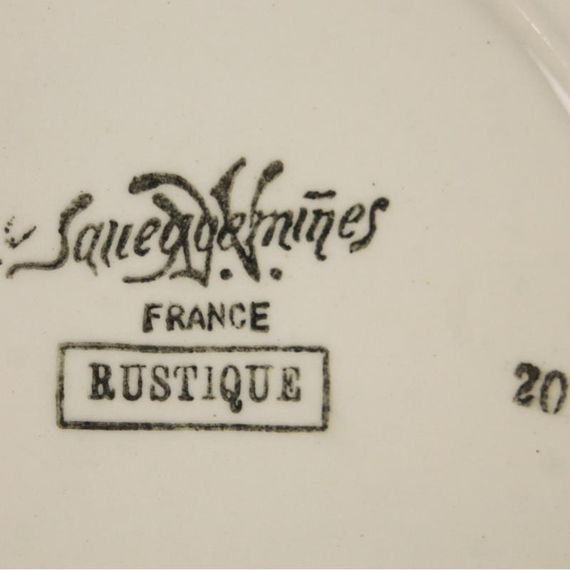 Assiette A Dessert Boch Rouge et Blanc
