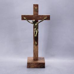 ancien-crucifix-bois-et-laiton-sur-socle-bois