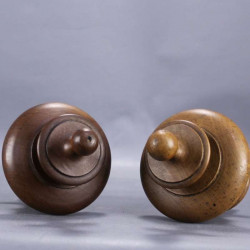 wood-carved-finial