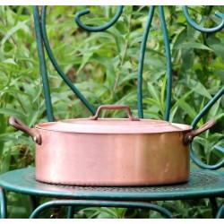 Faitout-ovale-ancien-en-cuivre-étamé- poignées-en-fer-forgé
