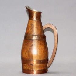 Pichet-à-cidre-en-bois-ancien