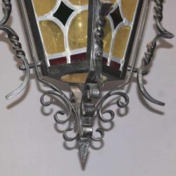 Lanterne-decorative-en-fer-forgé-ancienne