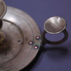 Noeud-de-ruban-en-bois-ancien-style-Louis-XV