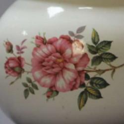 Théière-en-tôle-émaillée-ancienne-décor-floral