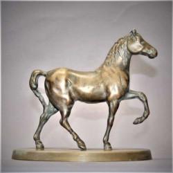 Statuette-cheval-arabe-ancienne-en-laiton