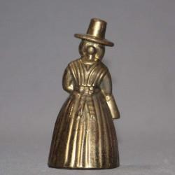 Mortier-en-bronze-ancien-avec-son-pilon