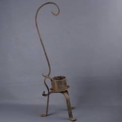 rat-de-cave-tripode-bougeoir-en-fer-forge-19eme
