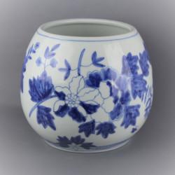 pot-ceramique-chinoise-au-decor-bleu-cobalt