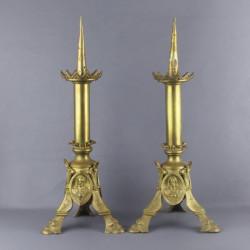 paire-de-pique-cierge-en-bronze
