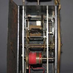 ancienne-horloge-comtoise