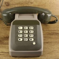 vintage-telephone-communication