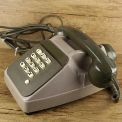 ancien-telephone-des-annees-80-vert